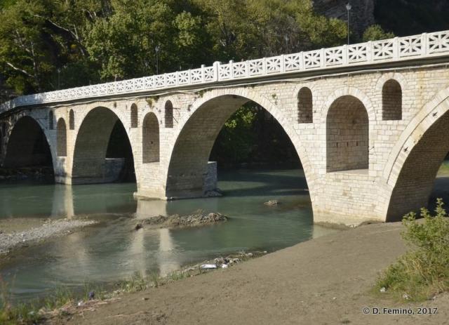 Gorica Bridge (Berat, Albania, 2017)