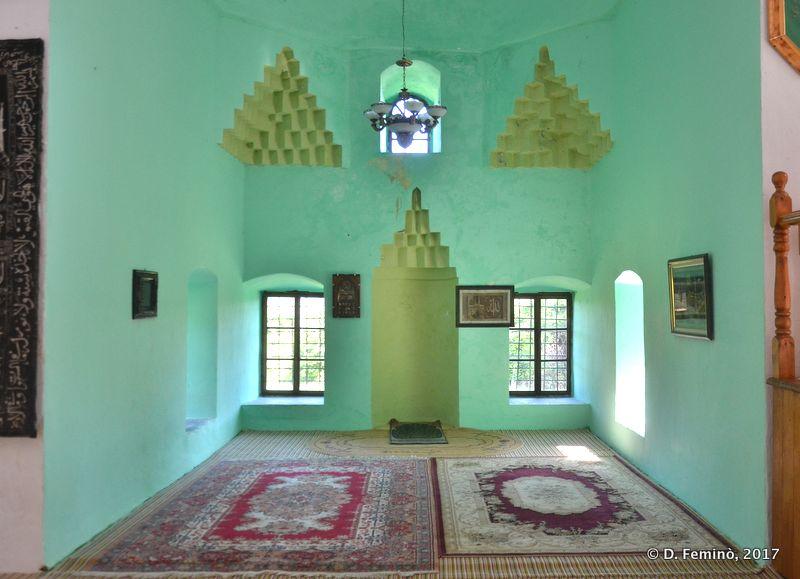 Interior of lead mosque (Shkodër, Albania, 2017)