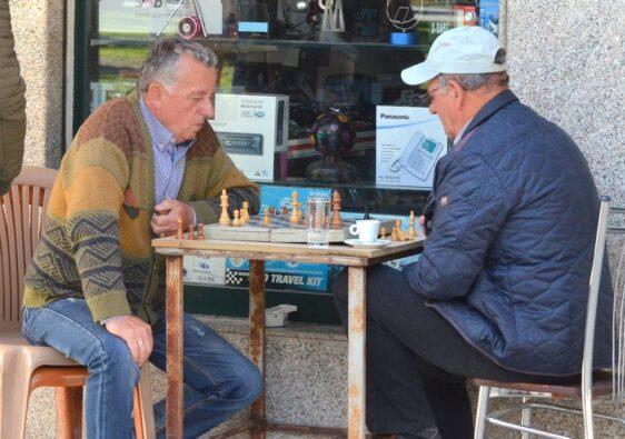 Chess players in Berat