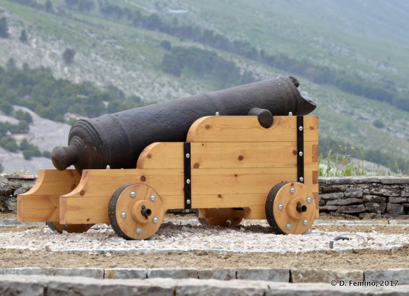 Cannon in the castle (Gjirokastër, Albania, 2017)