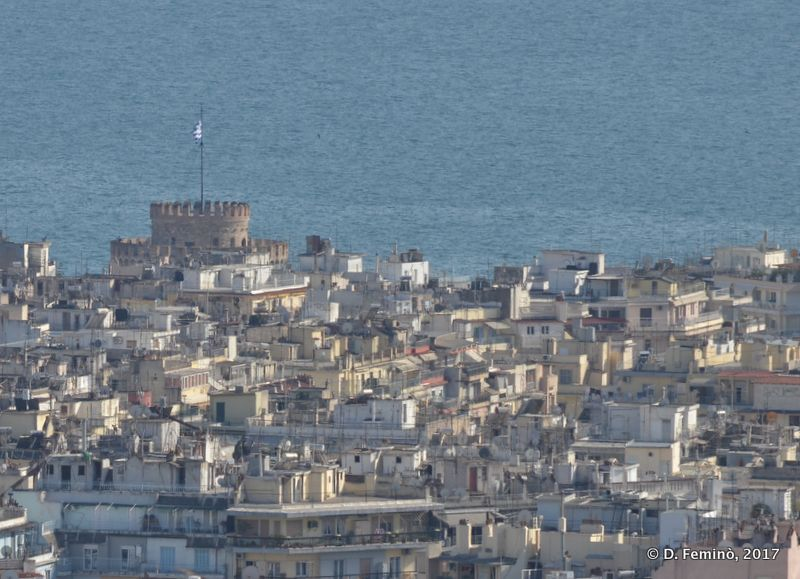 View of town from the hill (Thessaloniki, Greece, 2017)