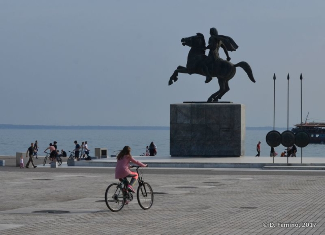 Alexander statue by the sea (Thessaloniki, Greece, 2017)