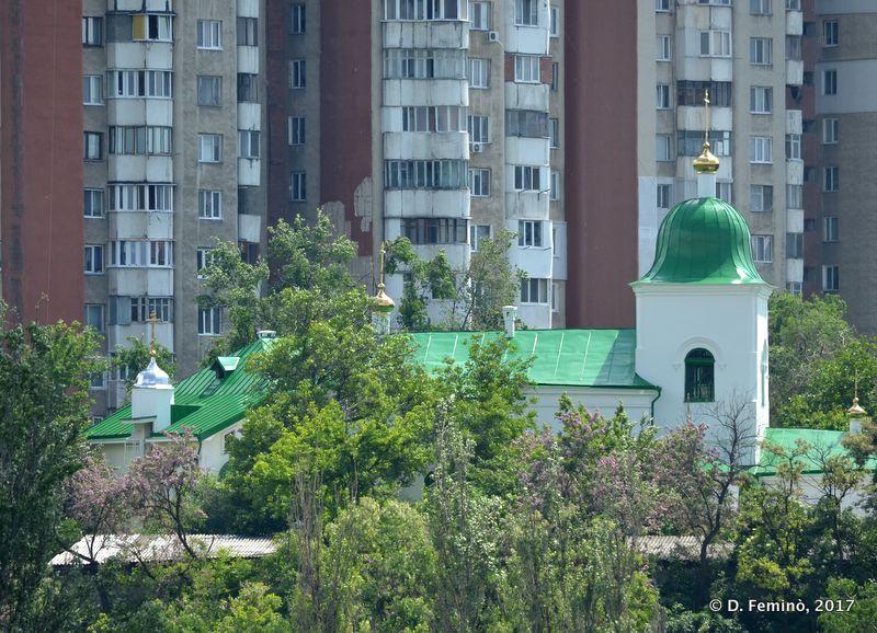 Green domes (Chișinău, Moldova, 2017)