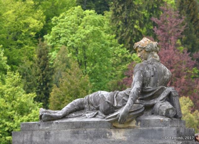 Statue in Peleš castle (Sinaia, Romania, 2017)
