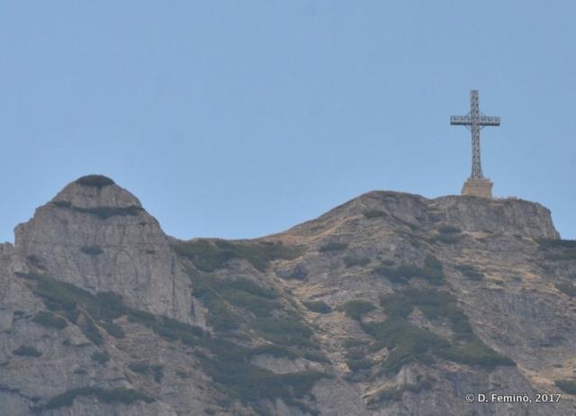 Cross on Bucegi Mountains (Sinaia, Romania, 2017)