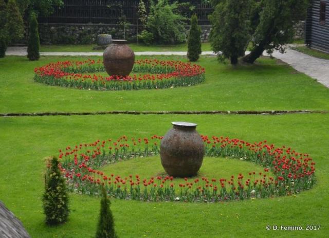 Garden (Bran, Romania, 2017)