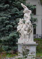 Laocoon statue near the museum
