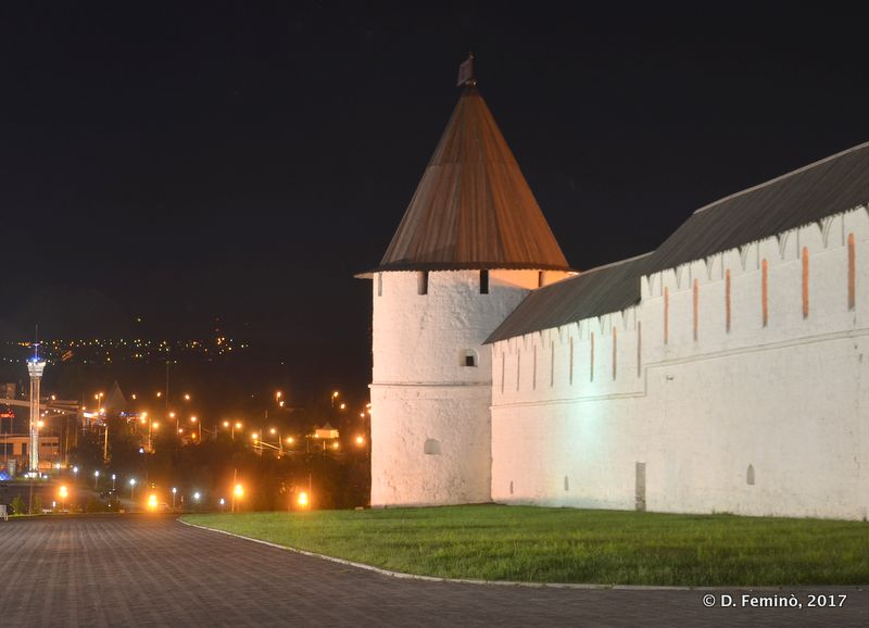 Kremlin Walls by night (Kazan, Russia, 2017)