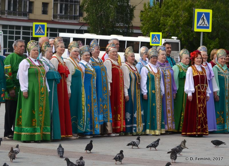 Ladies in traditional dress (Tobolsk, Russia, 2017)
