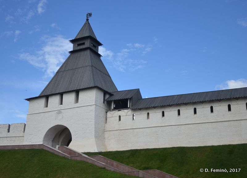 Kremlin's gate (Kazan, Russia, 2017)