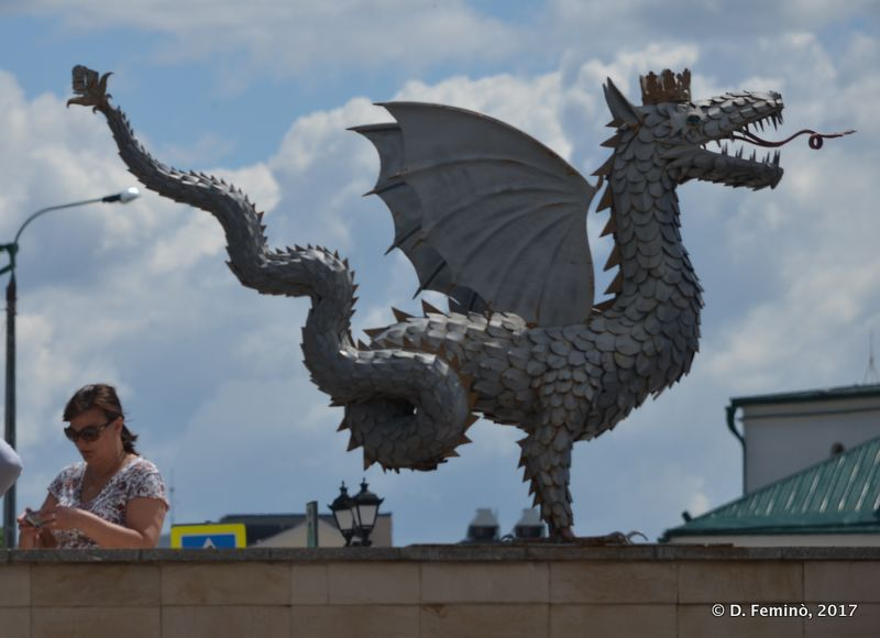 Dragon on a bridge (Kazan, Russia, 2017)