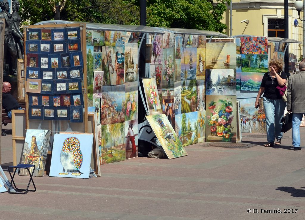Paintings in Stari Arbat (Moscow, Russia, 2017)