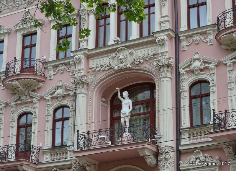 Elegant building (Odessa, Ukraine, 2017)