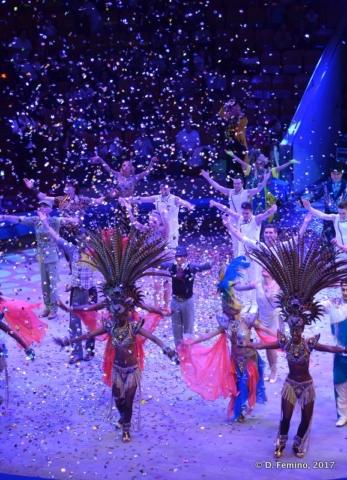 Start of grand finale (Circus, Tyumen, Russia, 2017)