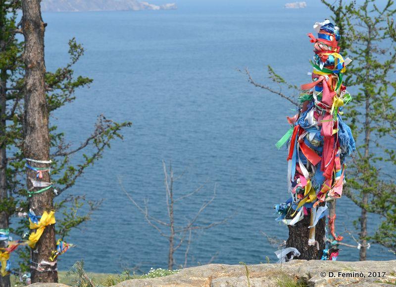 Buddhist ribbons (Ogoy Islet, Russia, 2017)