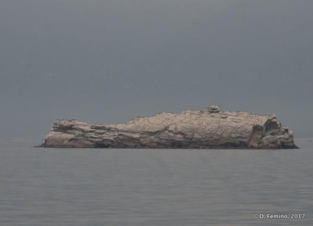 Whale-shaped rock (Lake Baikal, Russia, 2017)