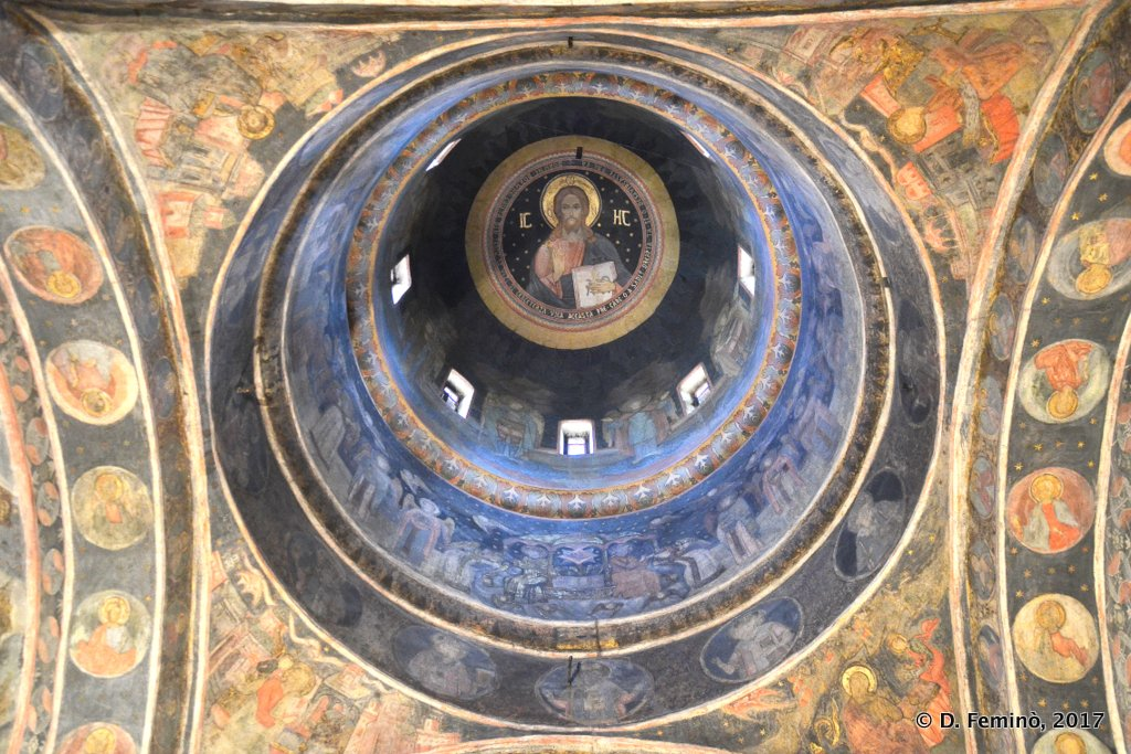 Bucharest, the inner dome of Stavropoleos monastery church