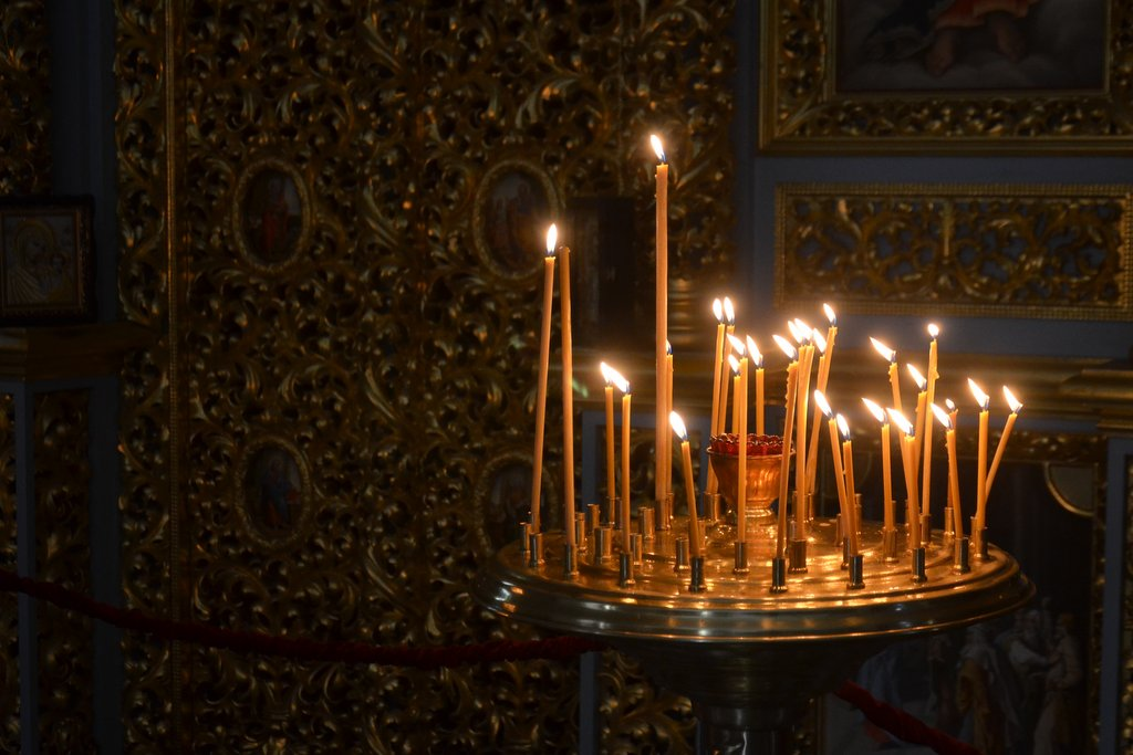 Kiev, Candles in Pechersk Lavra