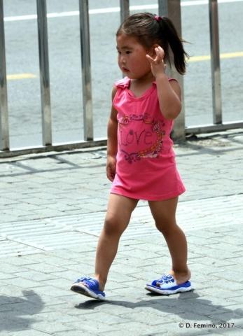 Little girl (Ulaanbaatar, Mongolia, 2017)