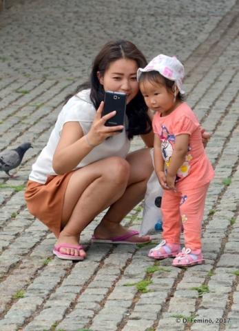 Let's selfie! (Ulaanbaatar, Mongolia, 2017)