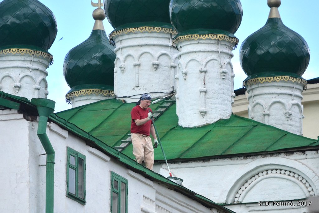Kazan, Cleaning the roof