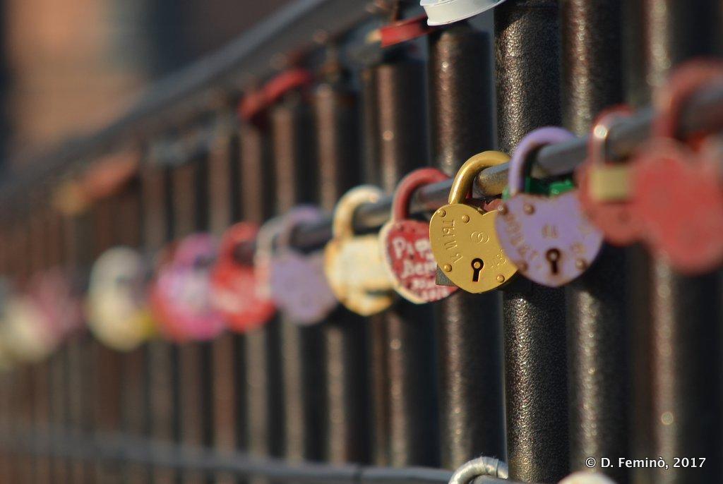 Kazan, Love locks