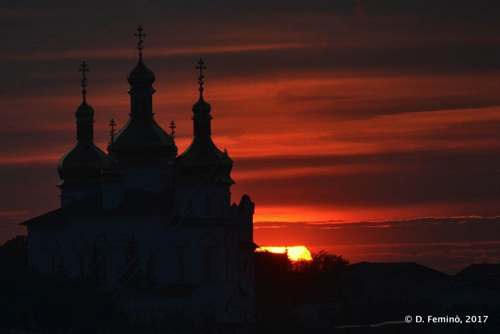 Tyumen, silhouette of monastery at sunset