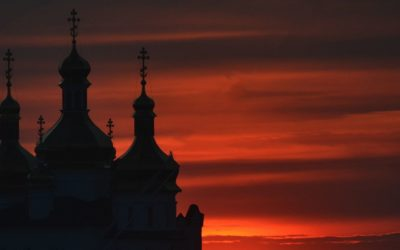 Silhouettes at sunset in Tyumen