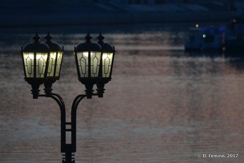Tyumen, lamp on Tura river