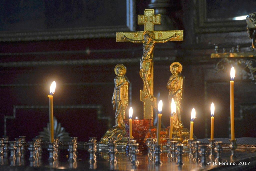Irkutsk, Altar in Znamensky nunnery