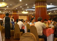 Crowded restaurant for Peking Duck