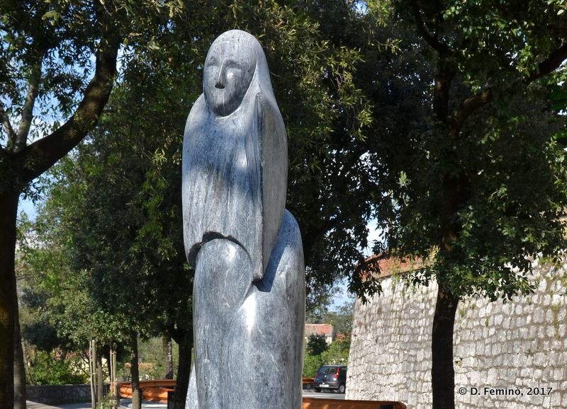 Our lady in a modern representation (Rijeka, Croatia, 2017)