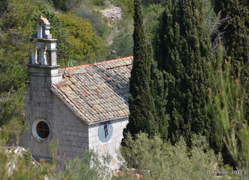Old church (Malo Grablje, Croatia, 2017)