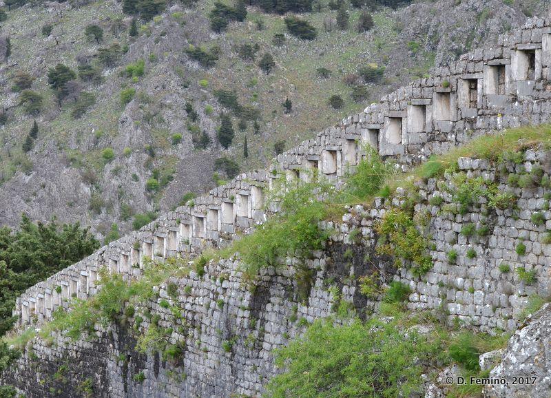 Fortress walls (Kotor, Montenegro, 2017)