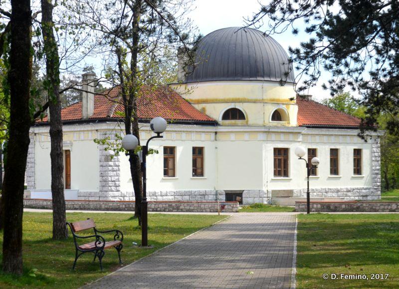 Pavilion in city park (Nikšić, Montenegro, 2017)