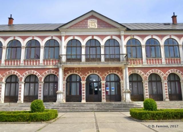 Royal palace façade (Nikšić, Montenegro, 2017)