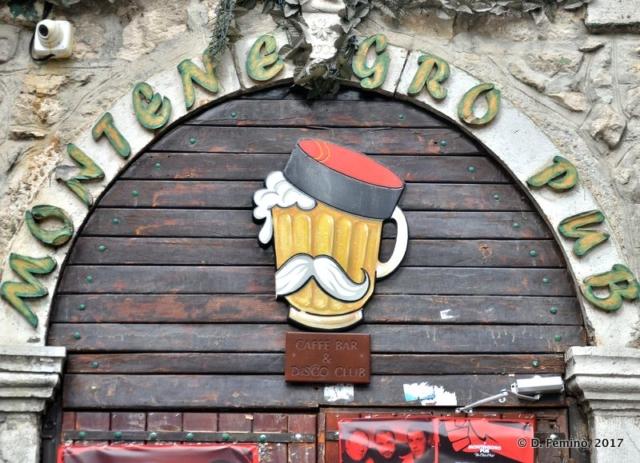 Funny pub sign (Nikšić, Montenegro, 2017)