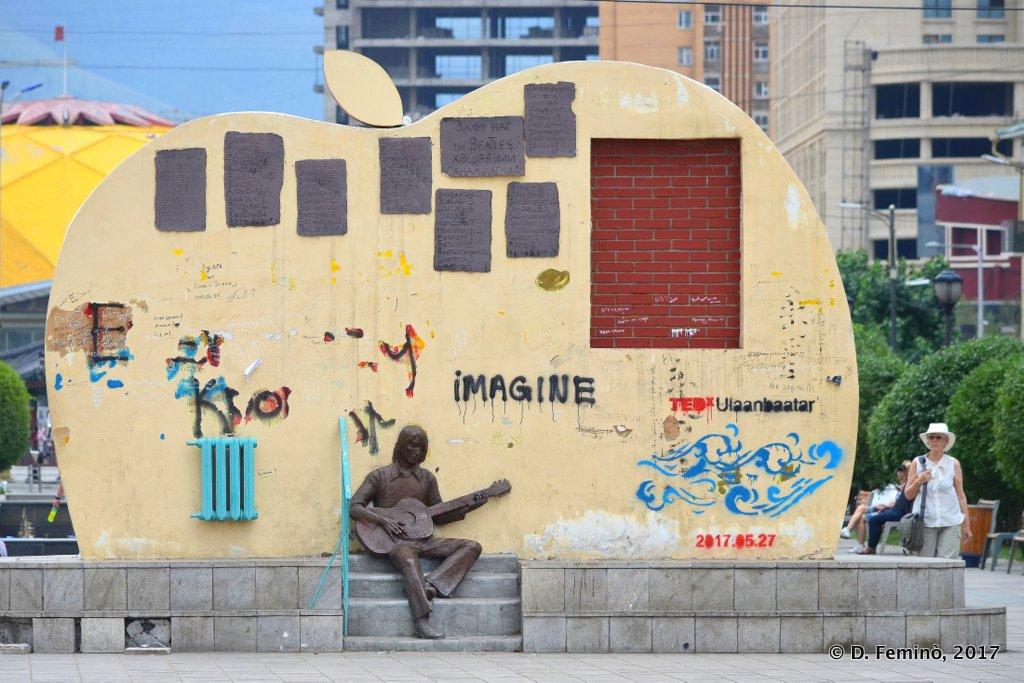 Beatles monument, Ulaanbaatar