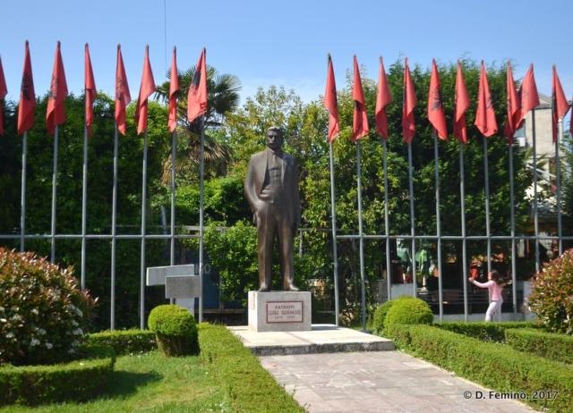 Luigj Gurakuqi statue (Shkodër, Albania, 2017)
