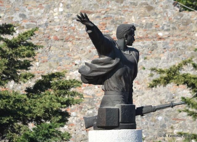 Martial statue (Durrës, Albania, 2017)