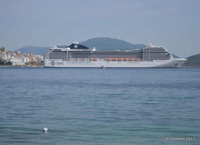 Cruise ship (Sarandë, Albania, 2017)