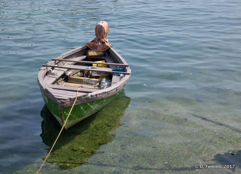 Small boat (Sarandë, Albania, 2017)