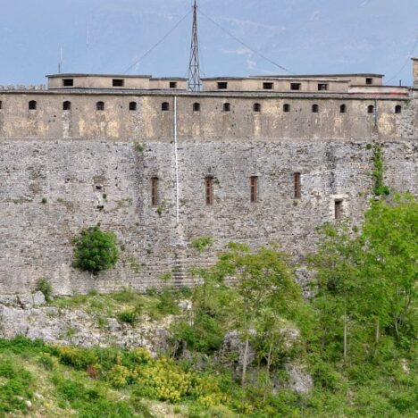 The dark town of Gjirokastër