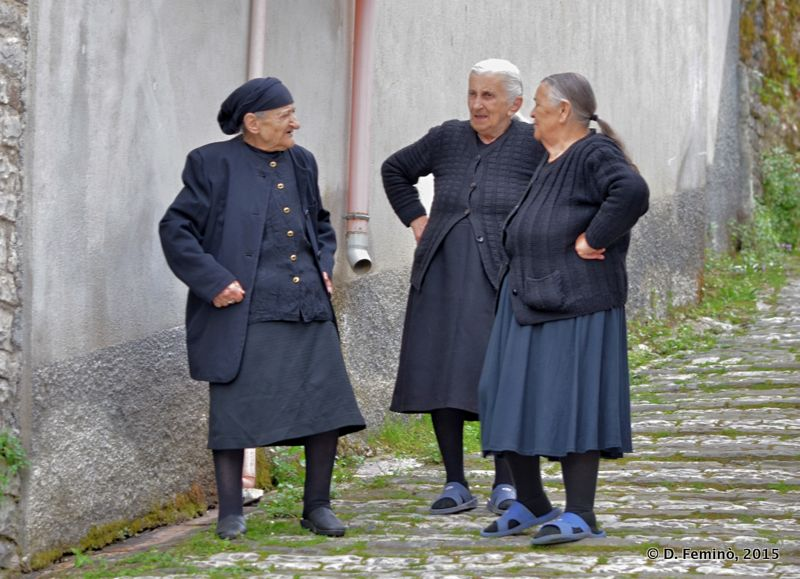 Ladies (Gjirokastër, Albania, 2017)