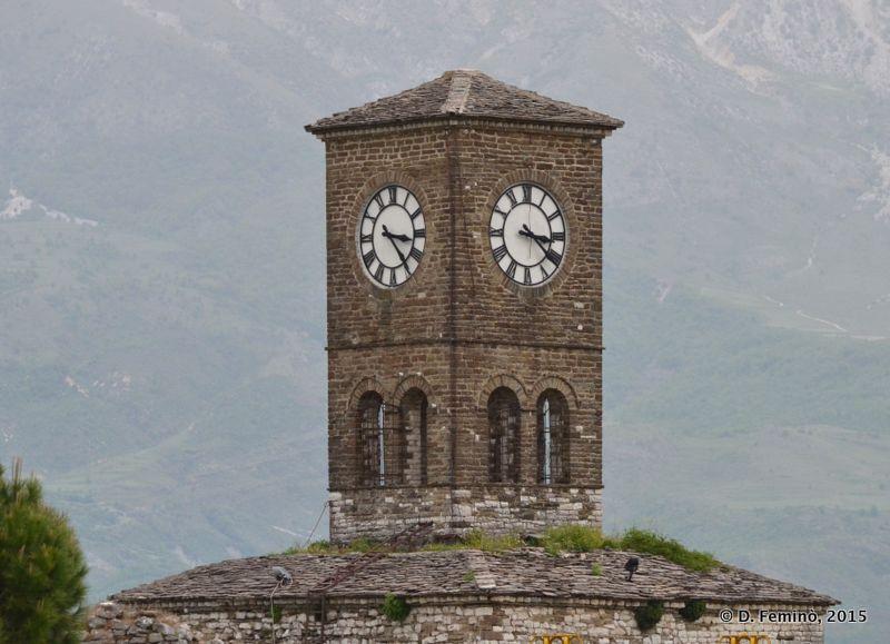 Clock tower in the castle (Gjirokastër, Albania, 2017)