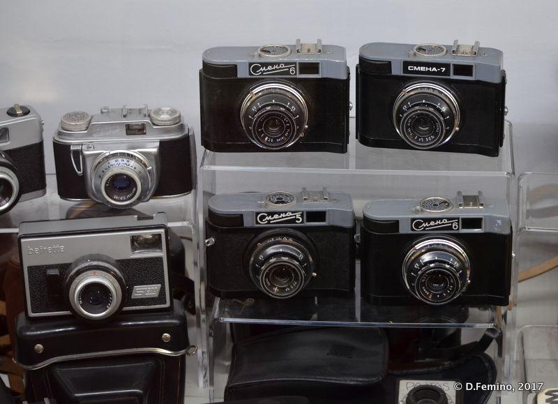 Old cameras (Retro Museum, Varna, Bulgaria, 2017)