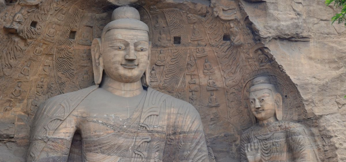 Buddhas in Yungang Grottos