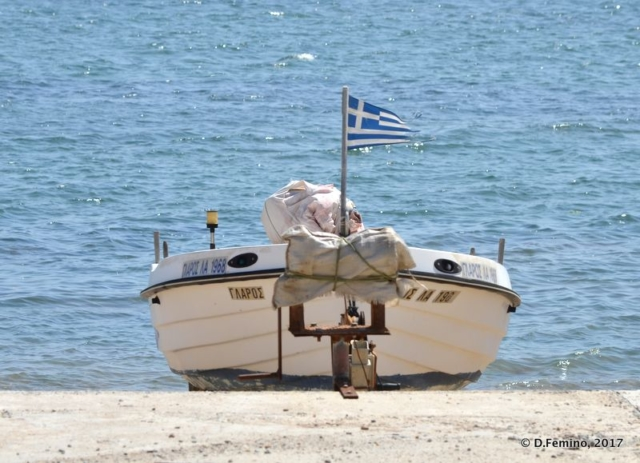 Boat and sea (Alexandroupoli, Greece, 2017)