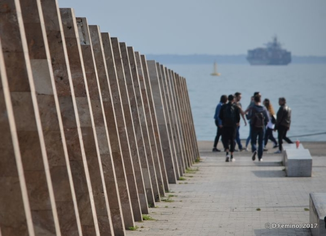 Seaside glimpse (Thessaloniki, Greece, 2017)