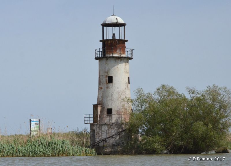 Old lighthouse (Danube Delta, Romania, 2017)